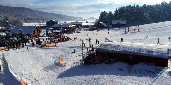 Pobyt pod svahom Snowland Valča s lyžovačkou zadarmo