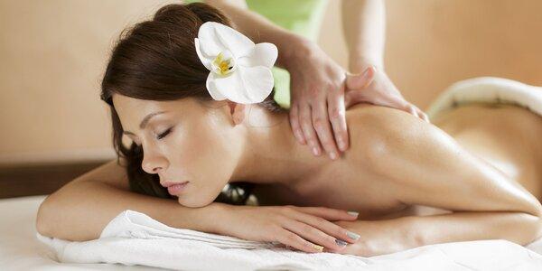 Až 120 minút valentínskeho relaxu na masáži