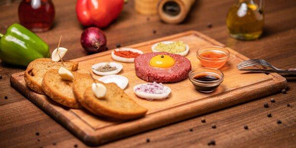 Tatársky biftek z hovädzej sviečkovice s hriankami