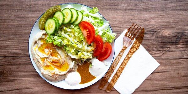 Vynikajúci hummus, falafel, pelmeni alebo pirohy