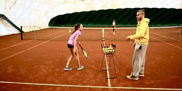 Tenisové tréningy s profesionálnym trénerom