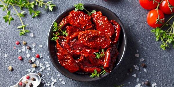 Ochutené sušené paradajky s cesnakom alebo chilli