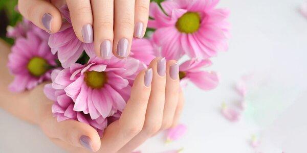 Krásna manikúra, gél lak alebo gélové nechty