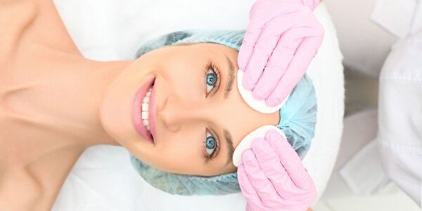 Hĺbkové čistenie pleti či masáž tváre a krku aj s úpravou obočia