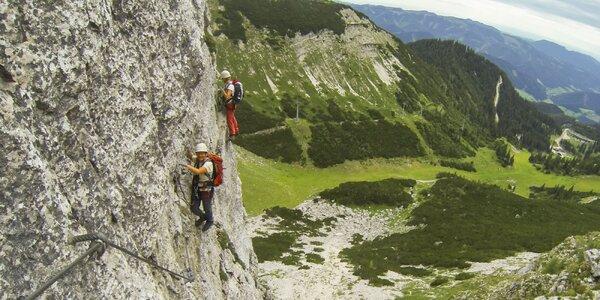 Adrenalínová Via Ferrata v rakúskych Alpách