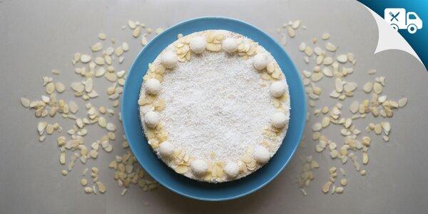 Rôzne druhy lahodných RAW tort či tortový mix