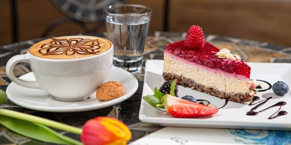 Lahodná káva a koláče pod umeleckou strechou