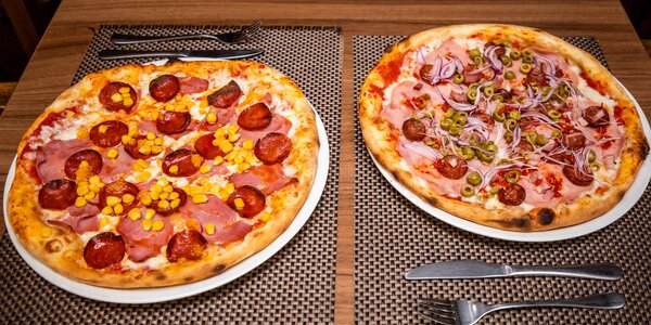 Chrumkavá pizza z kvalitných surovín na donášku