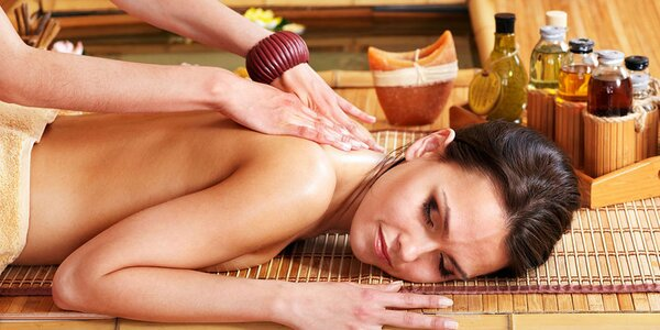 Aromaterapeutická thajská masáž v salóne Baandokkoon