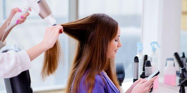 Nádherne ostrihané a nafarbené vlasy v Salóne Meri