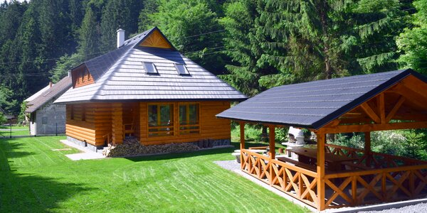 Oddych počas leta v krásnej chate neďaleko Donovalov