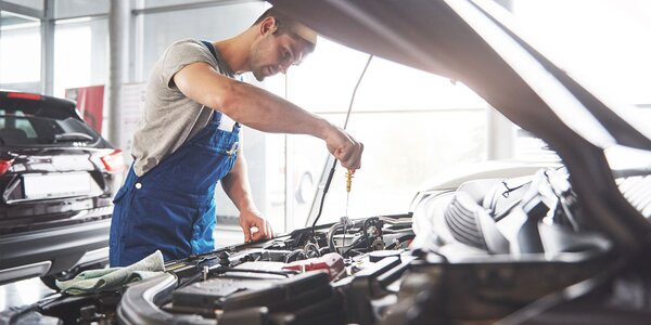 Čistenie klimatizácie auta či doplnenie chladiva