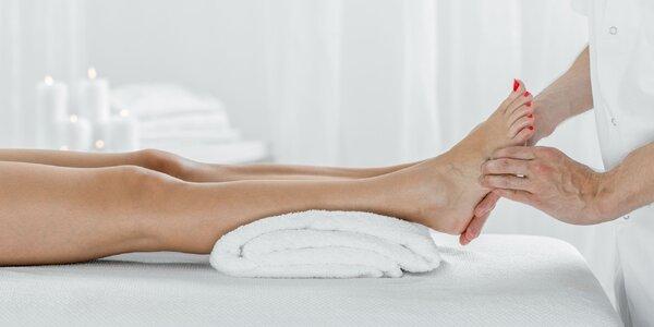 Osviežujúca či reflexná masáž chodidiel aj s peelingom