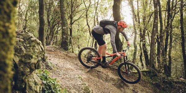 Spoznajte východ Slovenska na celoodpruženom e-biku Specialized Levo
