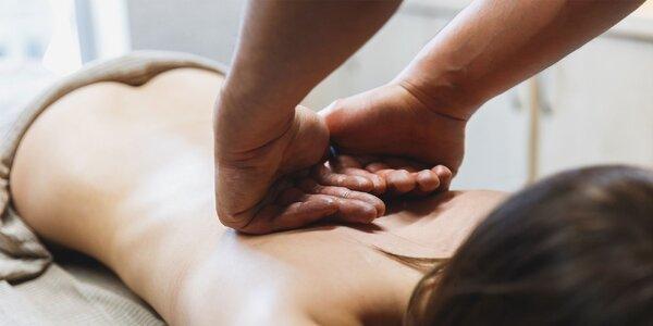 Reflexná masáž chodidiel alebo klasická masáž