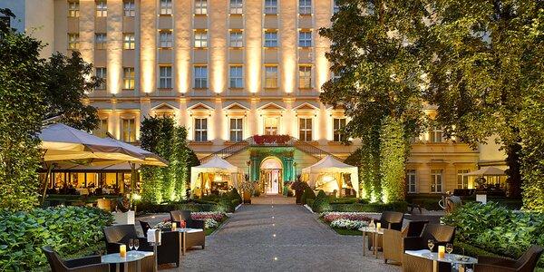 Luxusný hotel v centre Prahy: záhradná reštaurácia a wellness