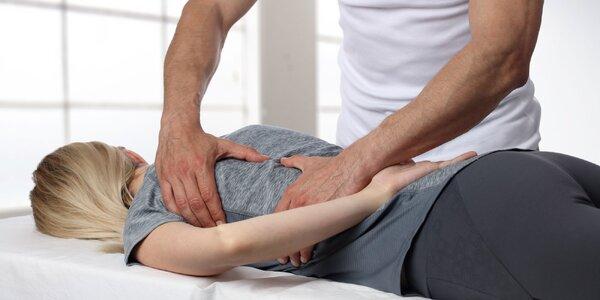 Masážna terapia vykonávaná chiropraktikom