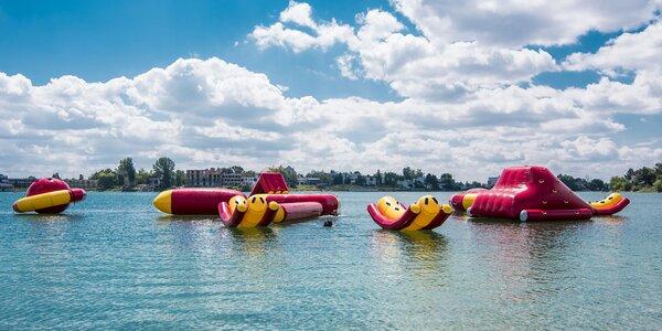 Nafukovacie mesto na vode je tá pravá letná zábava!