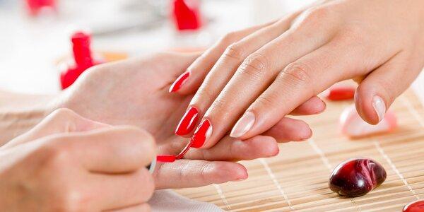 Gélové nechty, suchá či japonská manikúra