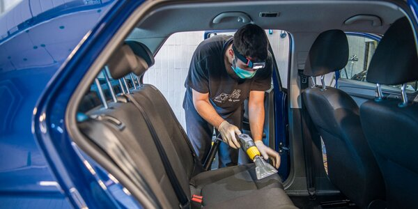 Čistenie a dezinfekcia auta ozónom - likvidácia až 99,99 % vírusov