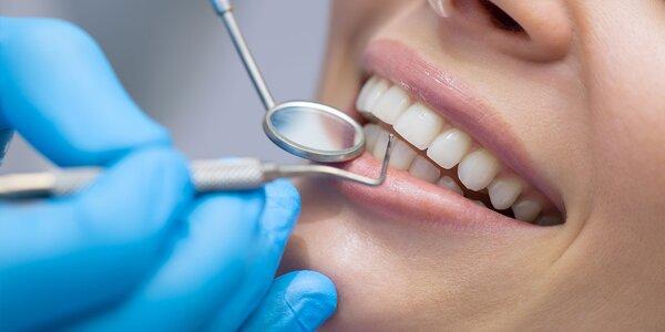Oslnivý úsmev vďaka bieleniu zubov a dent. hygiene