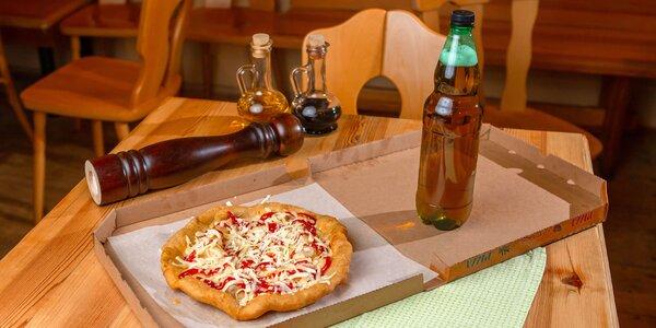 Domáci langoš s dvomi ingredienciami a nápojom