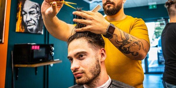 Pánsky strih, úprava brady a k tomu značková pomáda na vlasy