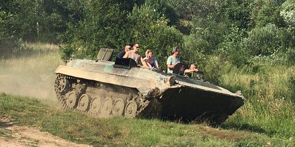 Nezabudnuteľný zážitok – jazda na tanku BVP-2