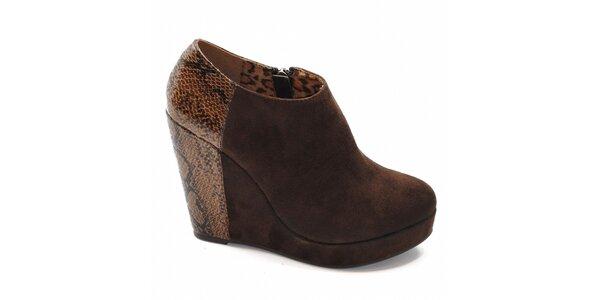 Hnedé kotníčkové topánky na podpätku so vzorom Xti