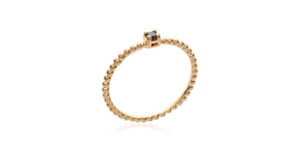 Dámsky jednoduchý pozlátený prsteň s čiernym zirkónom La Mimossa