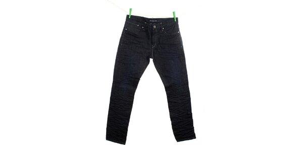 Pánske tmavomodré krčené džínsy Fuga