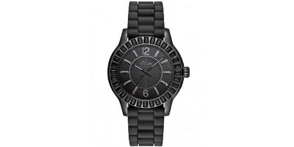 Čierne športové hodinky s.Oliver
