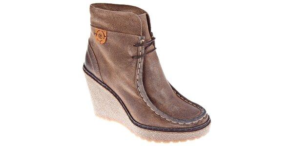 Dámske svetlo hnedé kotníčkové topánky Napapijri na vysokom podpätku