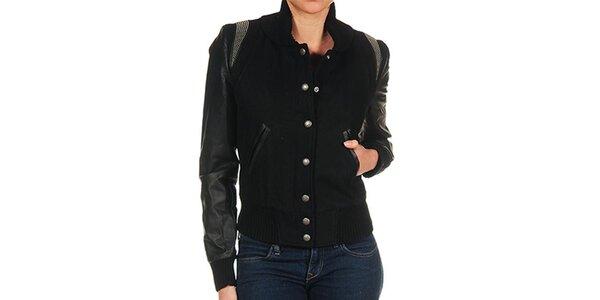 Dámsky čierna bunda s kovovými cvočkami Guess