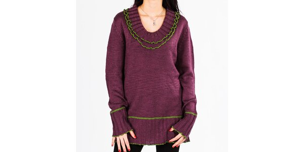 Dámsky fialový sveter s volánikmi v dekolte Emma Pernelle