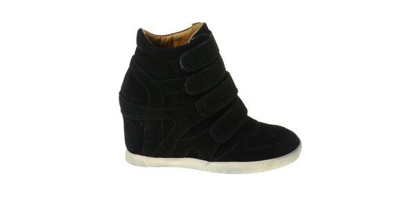 Dámske čierne kotníčkové topánky Maria Barcelo na vysokom podpätku