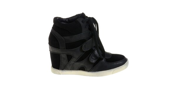Dámske čierne topánky Maria Barcelo na vysokom podpätku