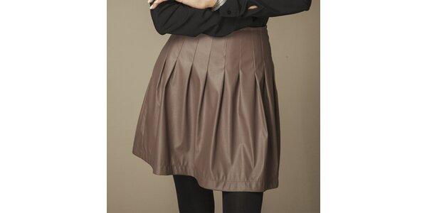 Dámska hnedá skladaná koženková sukňa Ambigante