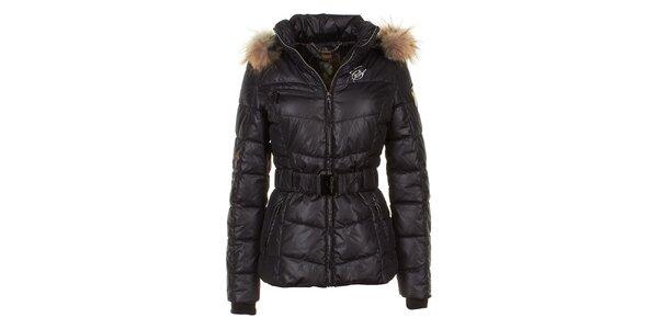 Dámska čierna prešívaná bunda s líščou kožušinou na kapucni E2KO