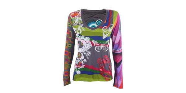 Dámske farebné tričko s motýlikmi Desigual