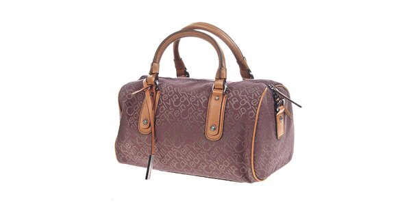 Dámska podlhovastá kabelka s nápisom Calvin Klein