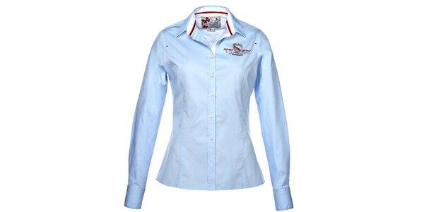 Dámska svetlo modrá košeľa s výšivkou M. Conte