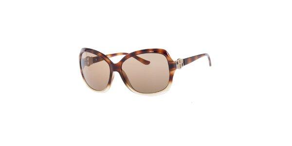 Dámske hnedé slnečné okuliare so žíhaním Guess