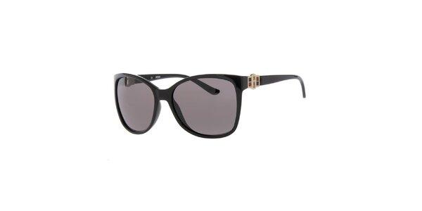 Dámske slnečné okuliare v čiernej farbe Guess