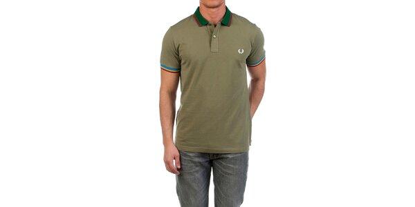 Pánske zelené polo tričko s bielou výšivkou Fred Perry