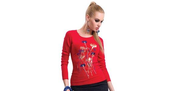 Dámske červené tričko s potlačou Zaps