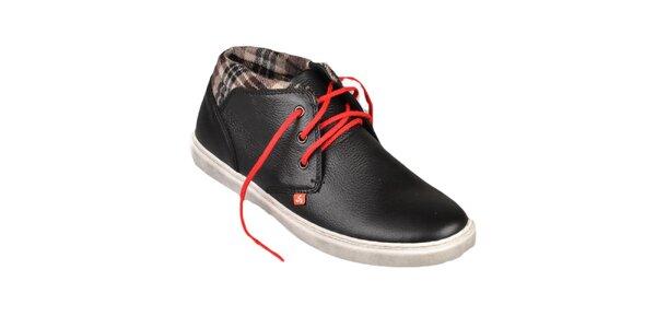 Čierne topánky s červenými šnúrkami Bustagrip
