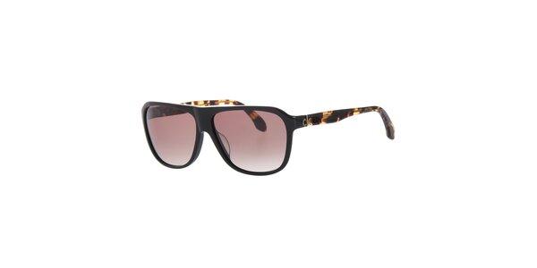 Dámske čierne slnečné okuliare Calvin Klein s žíhanými pacičkami