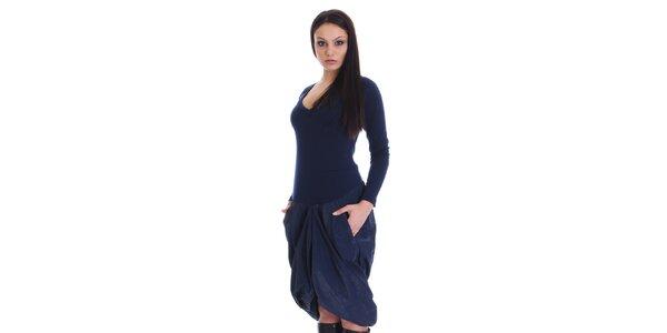 Dámske tmavo modré šaty s nariasenou sukňou SforStyle