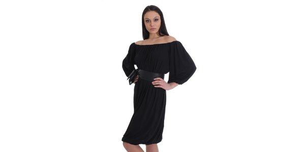 Dámske čierne nariasené šaty s opaskom SforStyle